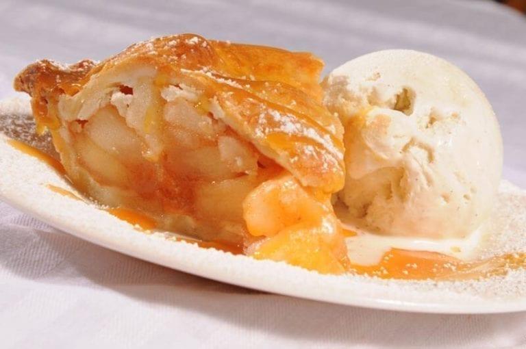 awful arthur's dessert apple pie a la mode