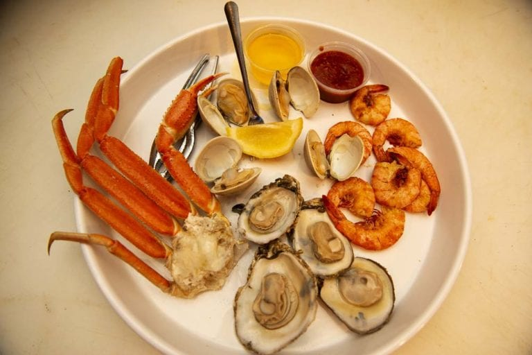 awful arthur's seafood platter